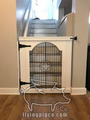 BABY-DOG GATE