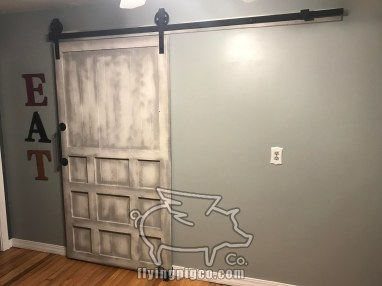 WHITE DISTRESSED DOOR 12