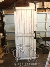 WHITE DISTRESSED DOOR 8